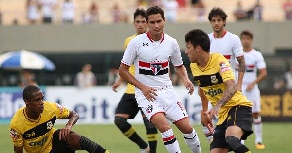 Ganso marca golaço no jogo 200, mas São Paulo leva virada do ...
