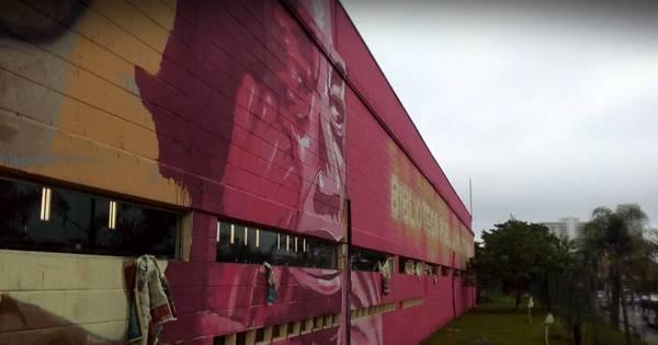 Grupo Opni faz mural de grafite em homenagem ao geógrafo e ...