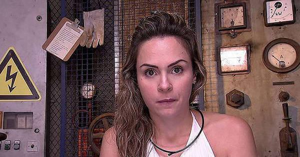 Fora do BBB16, Ana Paula Renault faz campanha para eliminar ...