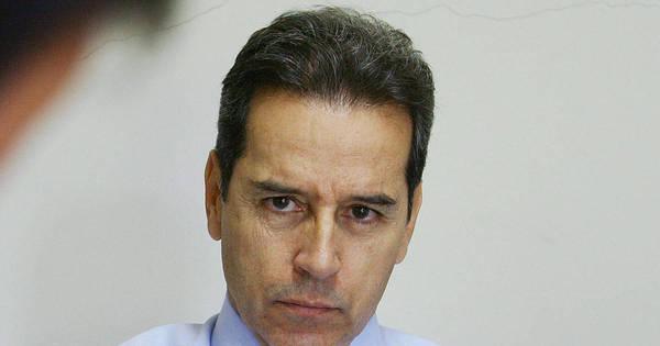 Em 2001, prisão de Luiz Estevão contou com elogio de fã durante ...