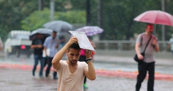 Chuva deixa parte de SP em estado de atenção - Notícias - R7 São ...