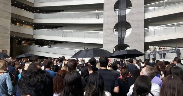 Servidores protestam por medidas de segurança contra suicídio no ...