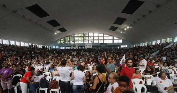 Após 10 dias em greve, professores estaduais decidem rumos da ...