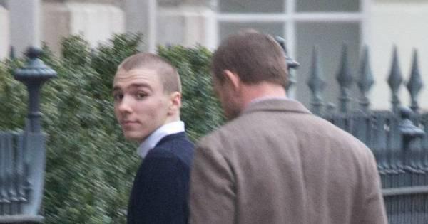 Filho de Madonna é visto ao lado do pai em Londres - Fotos - R7 Pop