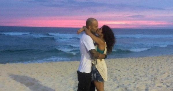 Camilla Camargo se declara ao namorado no aniversário dele ...
