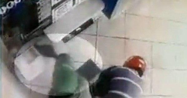 Ladrão tem arma furtada durante assalto a casa lotérica - Notícias ...