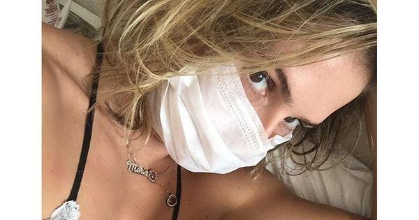 """Deborah Secco usa máscara para ficar perto da filha: """"Mamãe ..."""