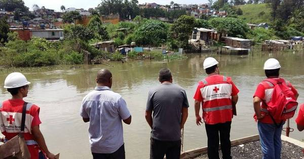 Cruz Vermelha recebe doações para vítimas das enchentes de SP ...