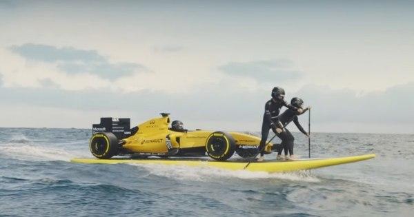 Perto da volta à Fórmula 1, Renault apresenta novo carro de ...