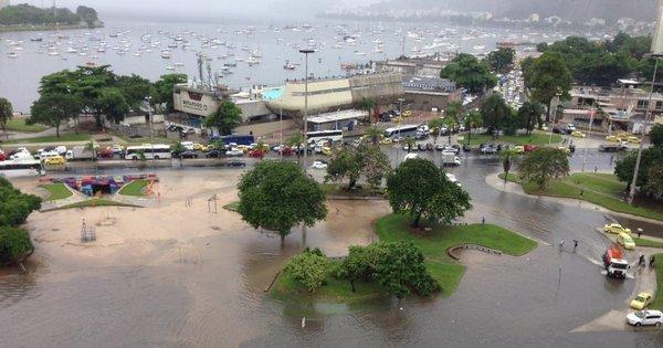 Rio tem chuva forte e afeta ruas da capital, baixada e região ...