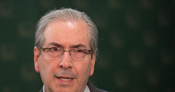 PSOL pedirá suspensão de regalias de Cunha, que custa R$ 500 ...