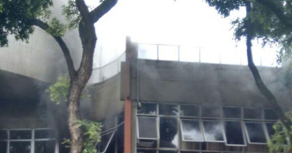 Incêndio atinge delegacia no centro do Rio e prédio é interditado ...