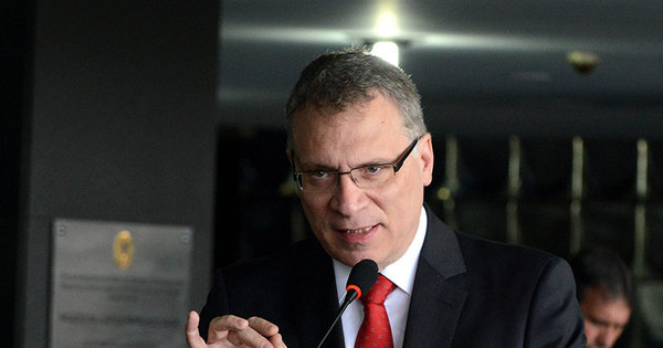 Novo ministro da Justiça já fala em mexer na PF - Notícias - R7 Brasil