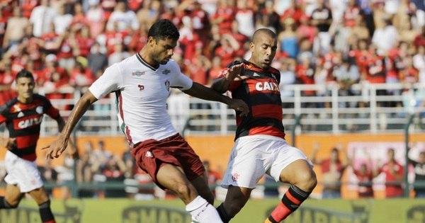 Flamengo e Fluminense empolgam o Pacaembu, mas ficam no zero ...