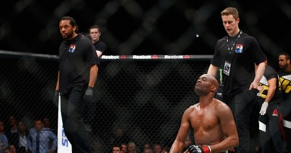 Fora do UFC 198, Anderson Silva é operado e passa bem ...