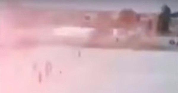 Vídeo mostra momento em que adolescente do Estado Islâmico se ...