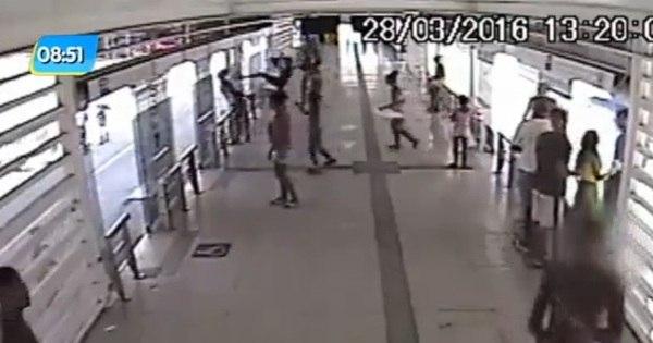 Após ser depredada em protesto, estação de BRT em Madureira é ...