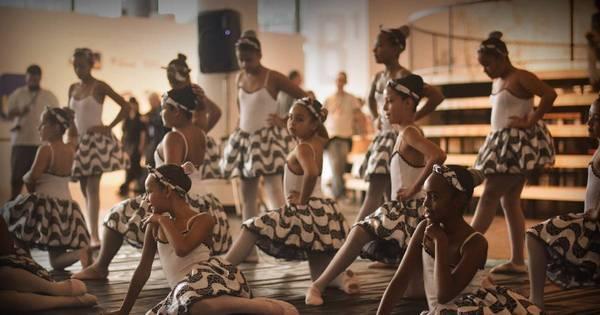 """Balé Capão Cidadão leva o espetáculo """"A Melhor Família do Mundo ..."""