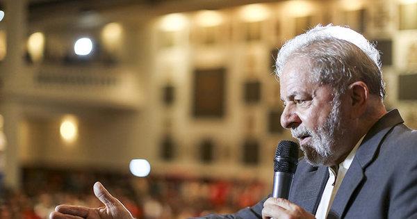 Ex-presidente Lula perderia para Aécio e Marina se eleições ...