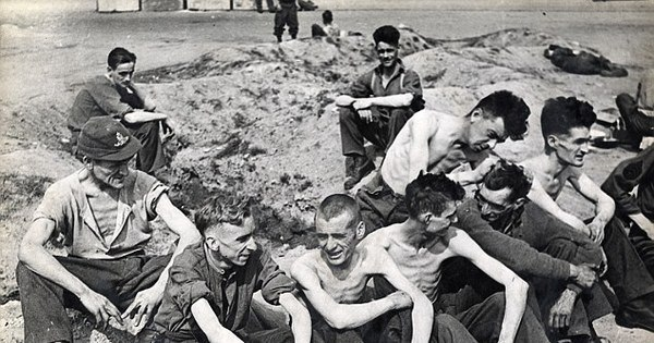 nos campos de concentração nazistas, revela sobrevivente