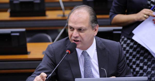 Ricardo Barros, do PP, deve assumir Ministério da Saúde - Notícias ...