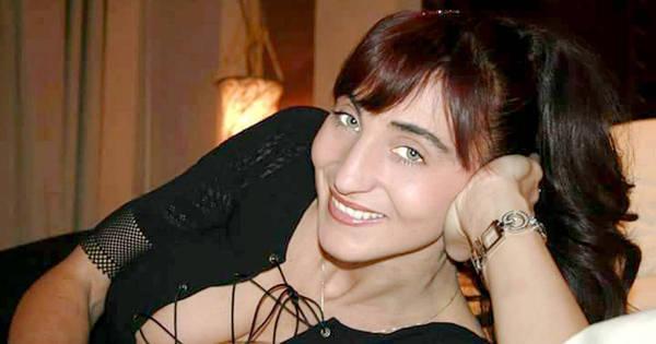 Professora italiana muito sexy conhecida por postar fotos ...