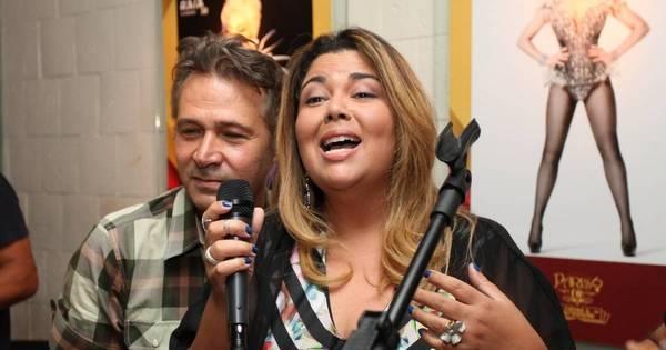 Fabiana Karla e Nelson Freitas soltam a voz em restaurante do Rio ...
