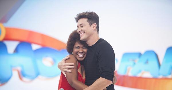 """Rodrigo Faro apresenta """"Whitney Houston brasileira"""" e emociona ..."""