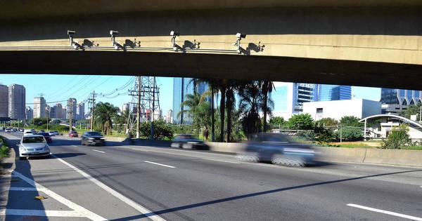 Com falha em radar na zona leste, prefeitura cancela 17 mil multas ...