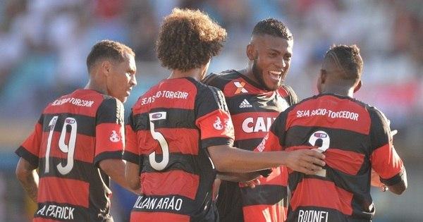 Flamengo se impõe, volta a vencer e se recupera no Campeonato ...
