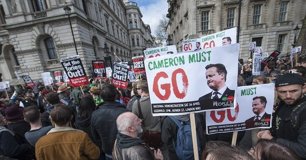 Após escândalo do Panamá Papers, milhares vão às ruas pedindo ...