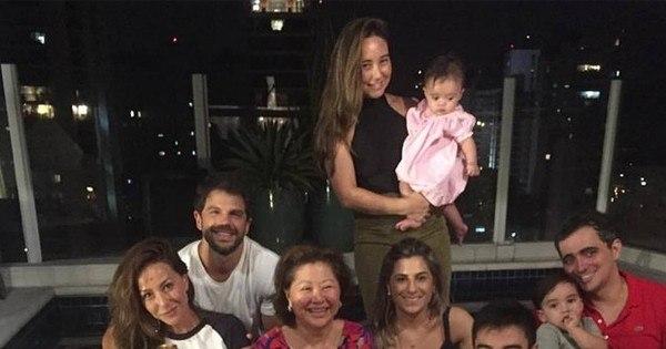 Duda Nagle conhece família de Sabrina Sato - Entretenimento - R7 ...