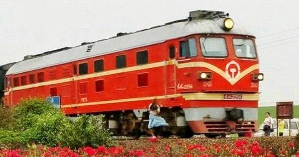 Menina de 19 anos morre atropelada ao tirar selfie perto de trem ...