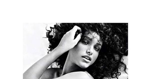 "Débora Nascimento posta foto sensual e recebe elogios: ""Que gata ..."