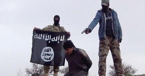 """Estado Islâmico divulga vídeo chocante das """"melhores execuções ..."""