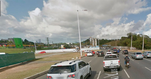Retorno é fechado na avenida Paralela a partir de segunda-feira (18)