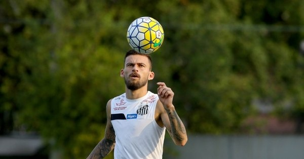 Lucas Lima trabalha dobrado no CT Rei Pelé para voltar ao Santos ...