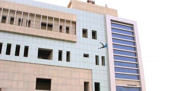 Em nova execução cruel, Estado Islâmico atira homem de prédio ...
