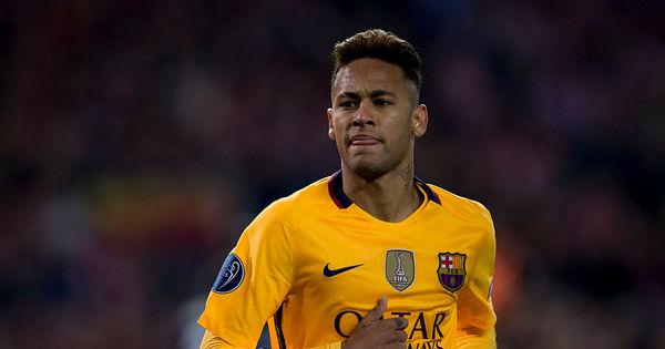 Pai de Neymar diz que craque vai cumprir contrato com o Barcelona ...