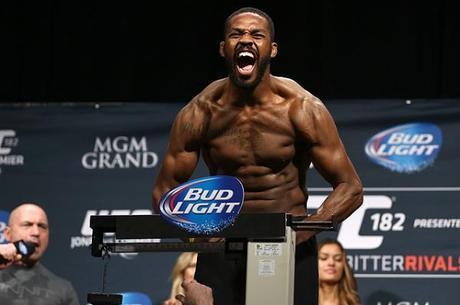 Jon Jones é pego no doping e está fora do UFC 200