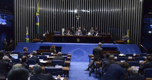 Relatório do impeachment será lido hoje em plenário - Notícias - R7 ...