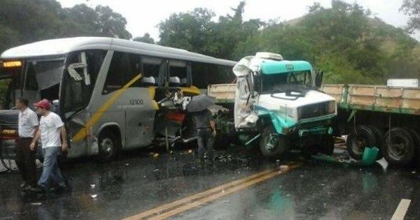 Batida deixa cinco mortos na BR- 040, na Zona da Mata - Notícias ...