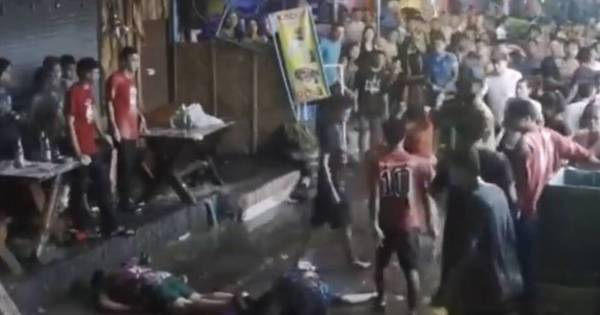 Vídeo chocante mostra idosa e sua família sendo espancada em ...