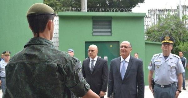 Governo de SP gasta R$ 21 milhões com armas que nunca foram ...