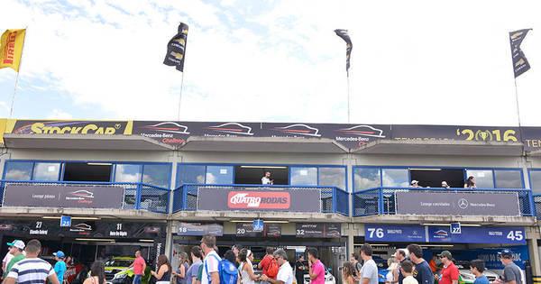 Revista faz promoção para levar leitores às corridas de Stock Car ...
