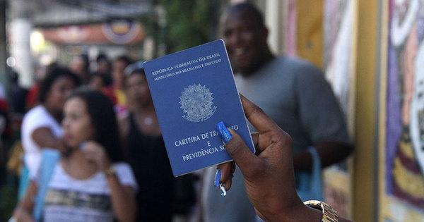 Desemprego cresce de novo e Brasil tem 11,1 milhões sem trabalho ...