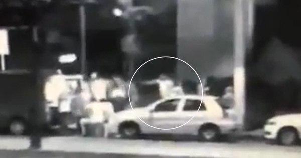Imagens mostram assassinato de comerciante na porta de boate na ...