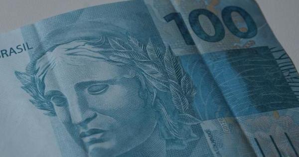 Salário mínimo cresceu 77% desde 2002, diz Ministério do Trabalho ...