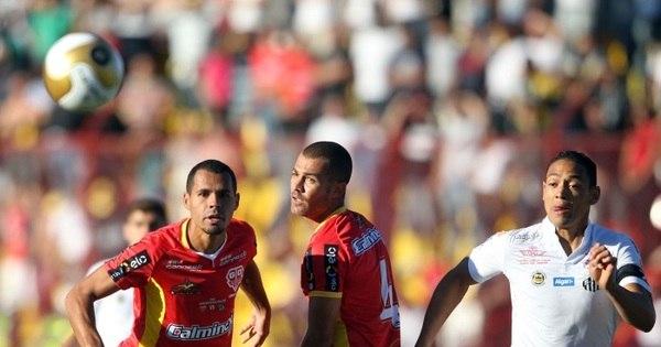 Lucas Lima se machuca, mas reserva salva o Santos contra o Audax