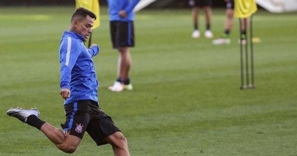 Giovanni Augusto treina e Corinthians deverá ter novidades contra ...